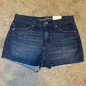 Universal Thread Jean Short
